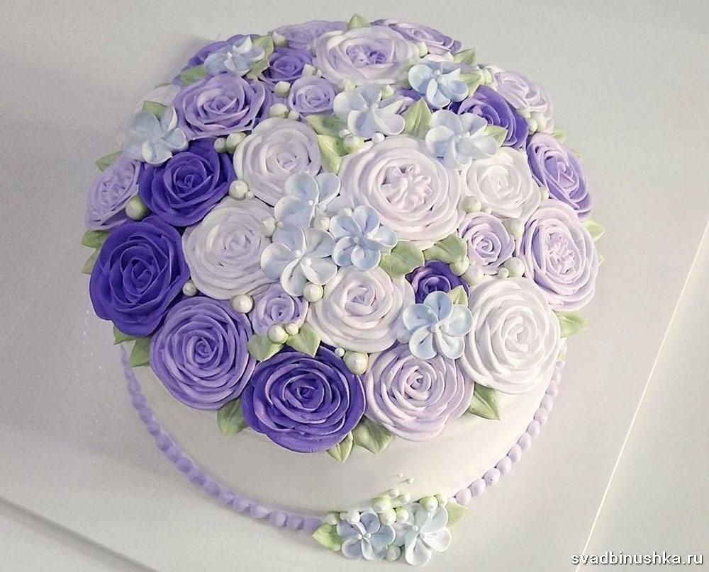 Одноярусный свадебный торт с цветами